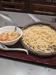 西新宿 麺屋武蔵 五輪洞