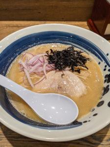 西新宿 麺屋翔みなと